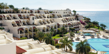 Movenpick Resort 5* → 445 €